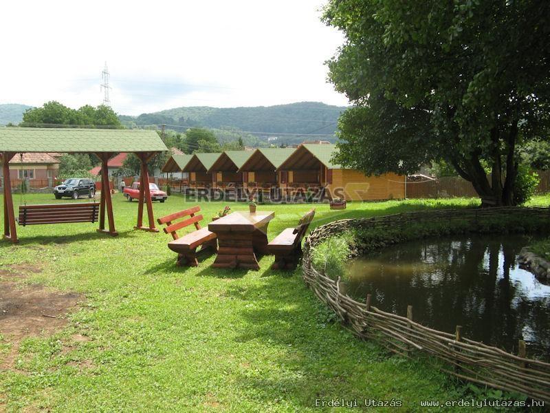 Rest D Chalet And Garten Szov Ta Transylvania Tour