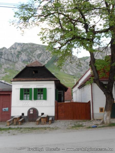 Hársfa Vendégház (1)