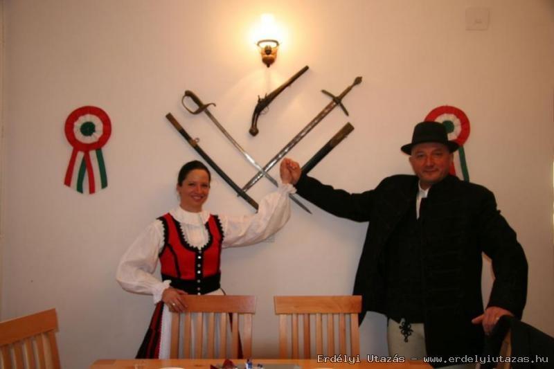 Nyergestető Vendégház - Történelmi Kávéház (4)