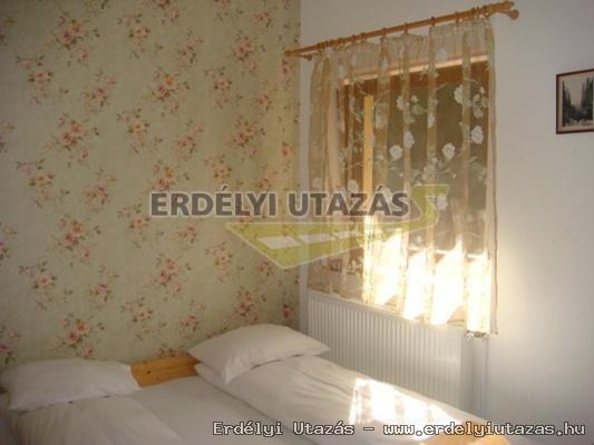 A Csodavár menedékház Pádison (CABANA CETATILE PONORULUI) (14)