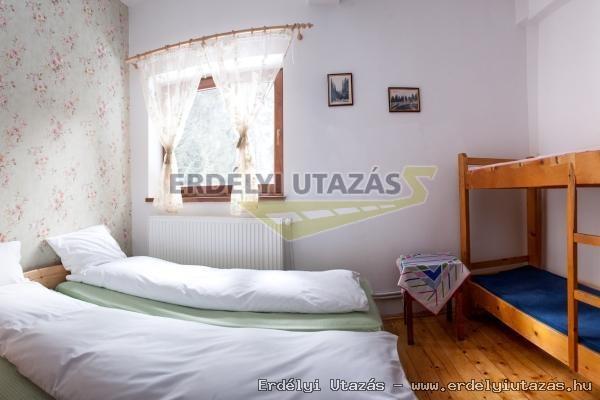 A Csodavár menedékház Pádison (CABANA CETATILE PONORULUI) (8)